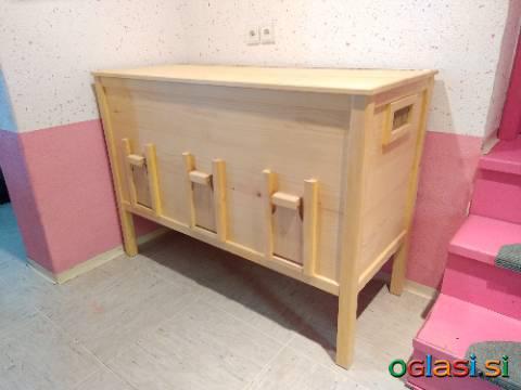 Lesena skrinja za žita