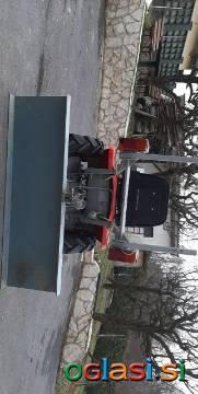 Traktor Ruski T10