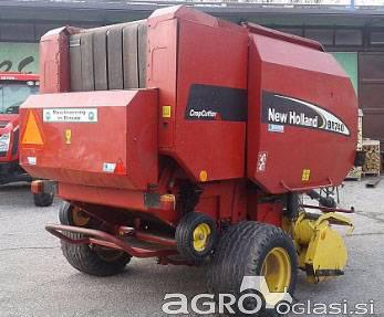 Balirka New Holland BR740