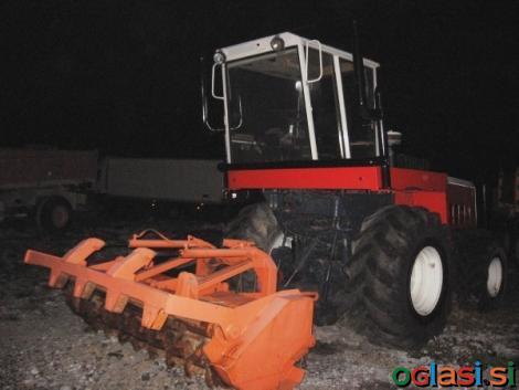 Traktor STEYR